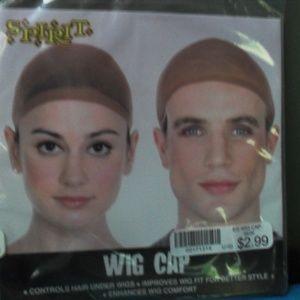 2 Pieces  NWT Men and Woman Head Wig Cap O/S